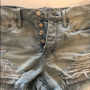 American Eagle VINTAGE Ripped Jean Shorts